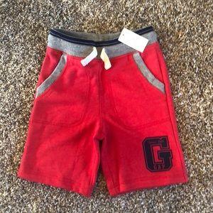Gap shorts 4T